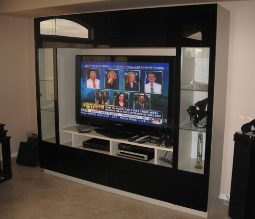 ENTERTAINMENT WALL FOR TABLE TOP TV - Black Color Glass Fronts w/ White Matte Case