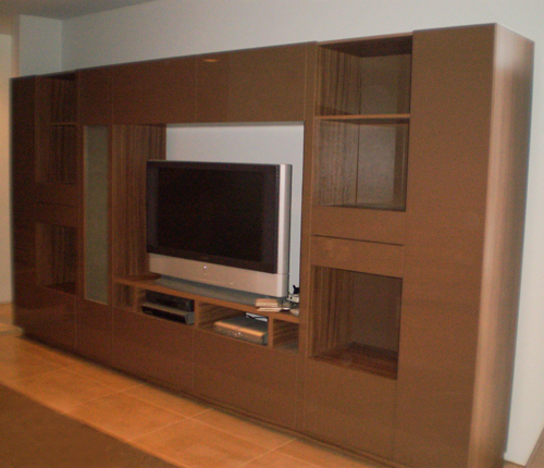 ENTERTAINMENT WALL FOR TABLE TOP TV - Chocolate Color Glass Fronts w/ Walnut Matte Case