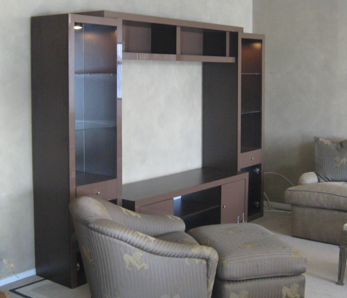 ENTERTAINMENT WALL FOR TABLE TOP TV - Chocolate Color Glass Fronts w/ Wenge Matte Case