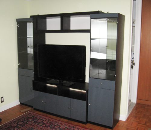 ENTERTAINMENT WALL FOR TABLE TOP TV - Distance Color Glass Fronts w/ Wenge Matte Case